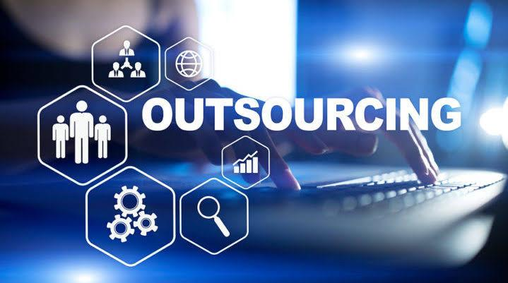 What To Consider Before Outsourcing Bookkeeping In 2021?